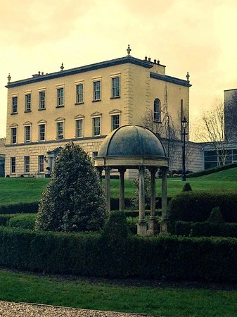 Dunboyne Castle Hotel And Spa: front of the hotel