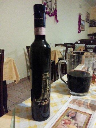 Monte Veletta: uno dei vini presi in bottiglia