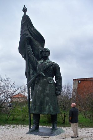 Memento Park: Statue that used to overlook Budapest on Gellert Hill