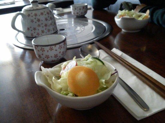 Miam-Miam: Salade d'Accueil et Thé Coréen.