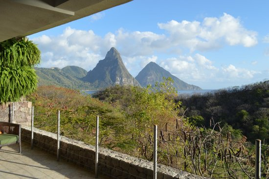 Jade Mountain Resort : All rooms have a view of the Pitons