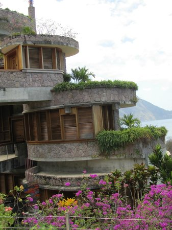 Jade Mountain Resort : The outside terrace for the corner rooms