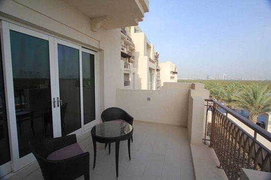 Anantara Eastern Mangroves Hotel & Spa : Balcony