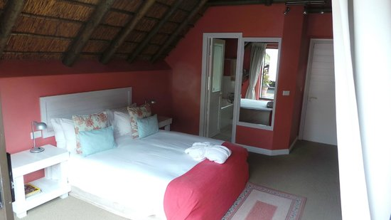 Sandals Guest House: Room