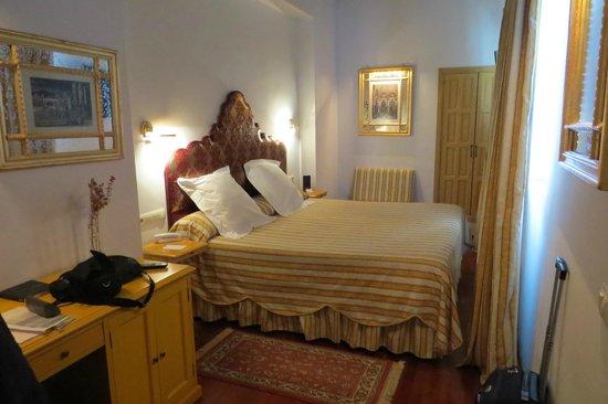 Las Casas de La Juderia : Our bedroom