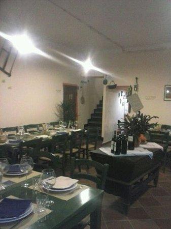 Quiliano, Italia: pronti per il pranzo,,,
