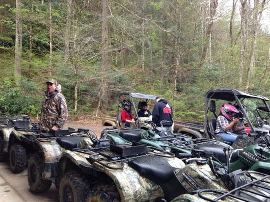 Bluff Mountain Adventures: Their Rhinos and Grizzlies