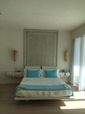 UNA Hotel Versilia : la camera da letto
