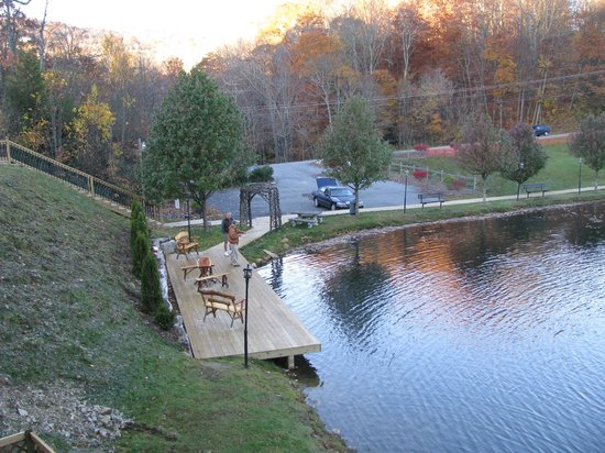Blue Ridge Village: Fishing in the lake at BRV.