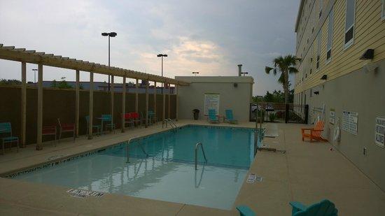 Home2 Suites By Hilton Augusta : Pool -  Super Clean
