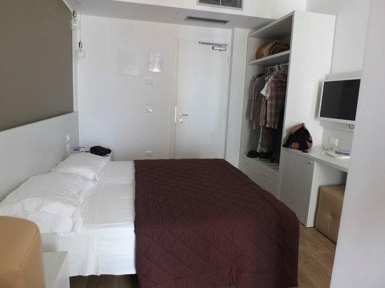 Hotel Gardenia: camera da letto
