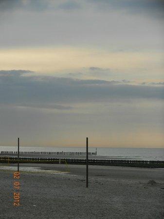 Wangerooge: Sonnenuntergangsstimmung am Meer
