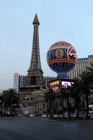 Fontaines du Bellagio : Hotel Paris Las Vegas