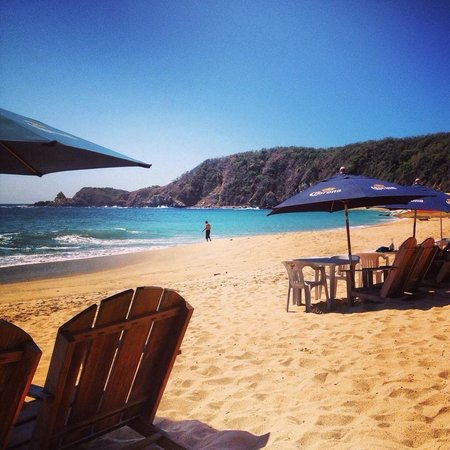Posada las Mazuntinas: Beach