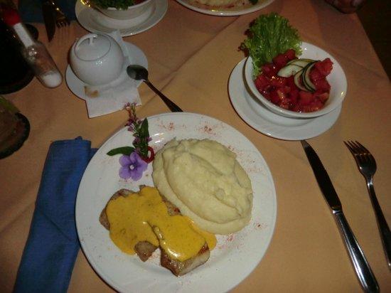 Hotel Palmeral Dorima: Egal ob Snack, Abendessen, Frühstück - wir haben hervorragend gegessen