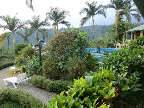 Hotel Palmeral Dorima: Sehr schön angelegter Garten