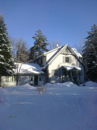 Riverhouse Inn B&B : Riverhouse Inn BnB Winter