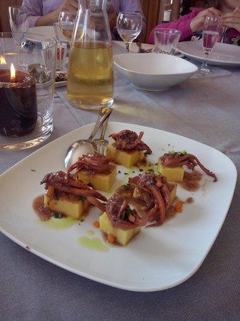 Fano, Italia: Moscardini affogati al vino con polenta
