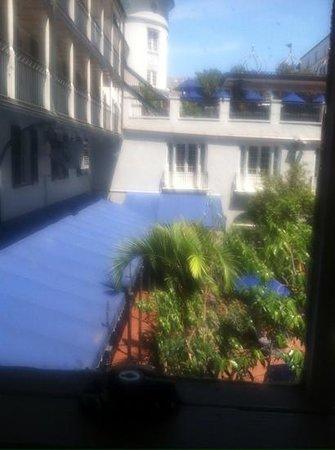Royal Sonesta New Orleans: outside view