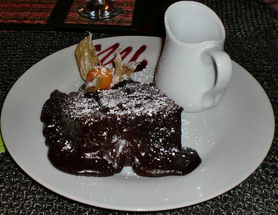 The Lounge at Pinoccios: Chocolate fudge cake