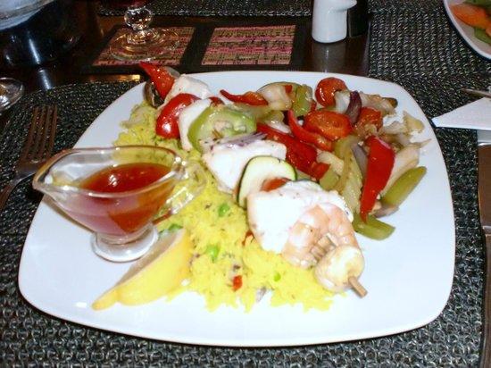 The Lounge at Pinoccios : Swordfish and prawn skewer