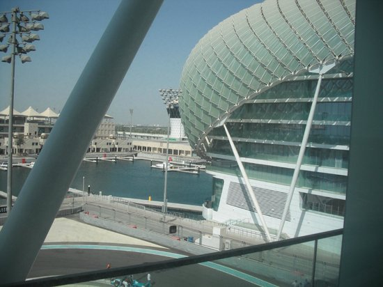 Yas Viceroy Abu Dhabi: View from the room