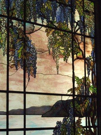 Metropolitan Museum of Art : Tiffiney panel