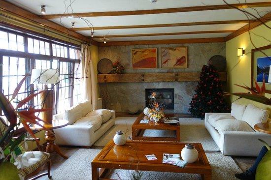Hotel Rey Don Felipe: lobby - very inviting!