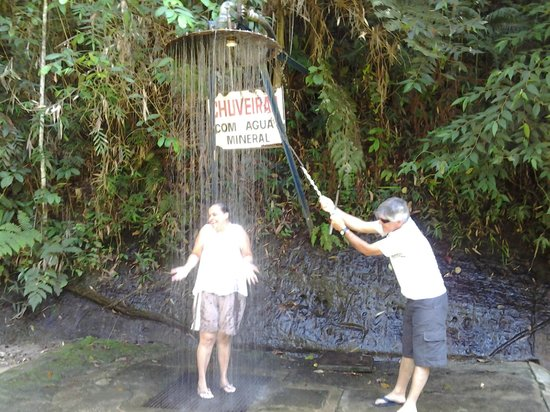 f77541b41 Gruta Dos Anões Camping E Chalés  Chuveiro com Água potável