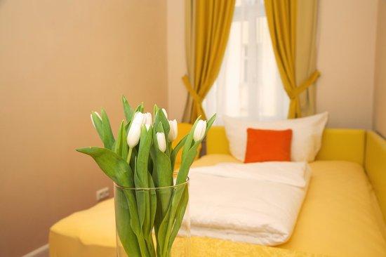 Hotel Odeon: Zimmer/Room