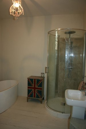 Manoir le Bigourda: Bathroom
