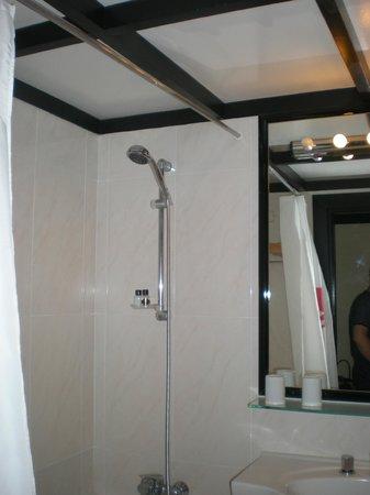 Dom Pedro Madeira: łazienka