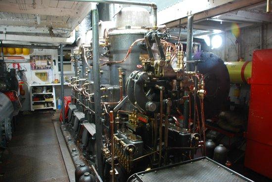 Yavari : Gleaming Engine