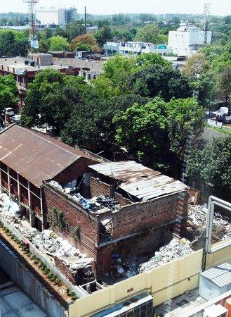 Hometel Chandigarh: unattractive window view
