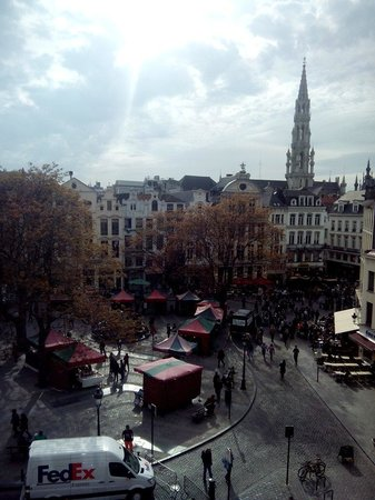 Ibis Brussels off Grand Place : Vistas desde la habitacion
