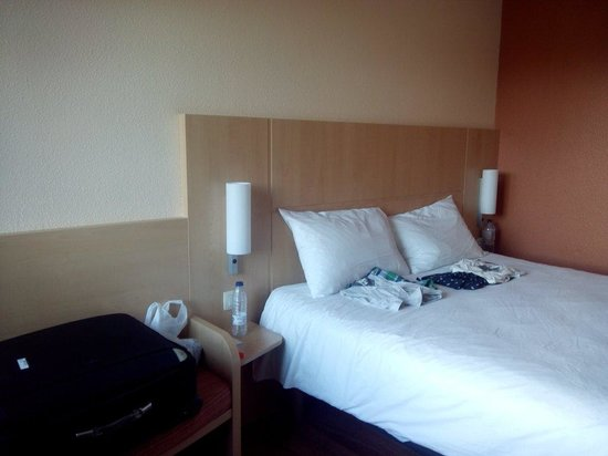 Ibis Brussels off Grand Place : Habitacion