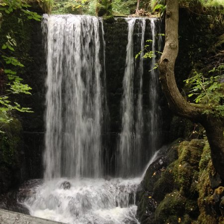Alva, UK: Waterfall
