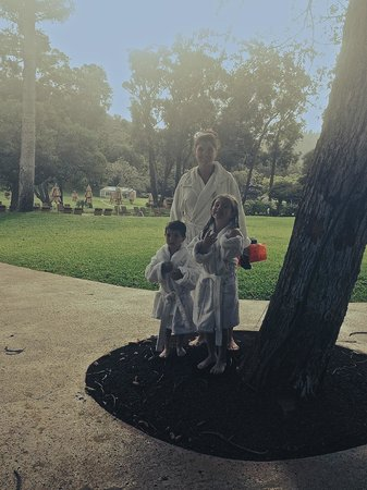 Four Seasons Resort Lana'i, The Lodge at Koele: leaving the pool in our robes