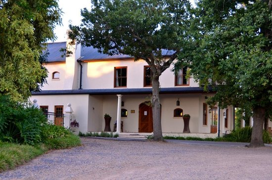 Lovane Boutique Wine Estate and Guest House: LovanE Boutique Wine Estate