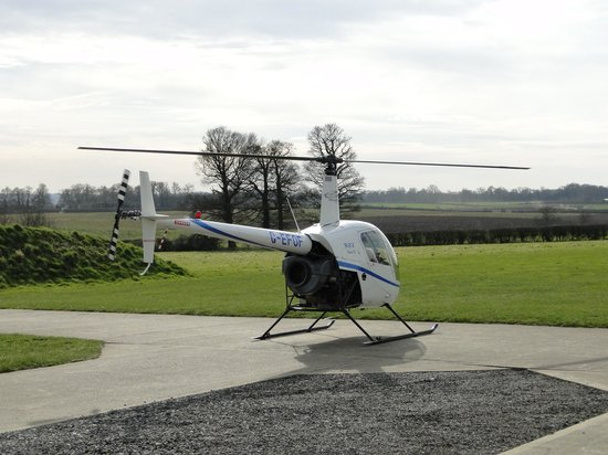 R22 Landing  Picture Of East Midlands Helicopters Costock  TripAdvisor