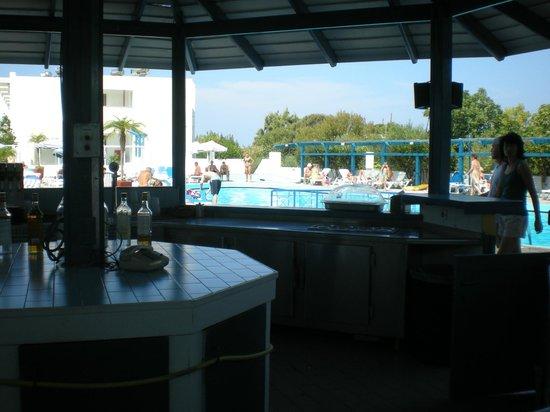 Summer Dream Hotel : bar basenowy