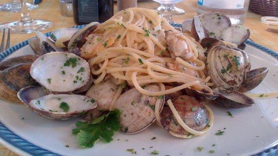 La Rada : Notevoli spaghetti con vongole veraci!