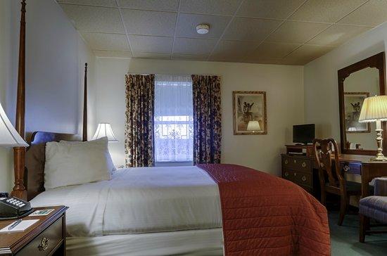 The Pollard: Room 320 - Queen Victorian