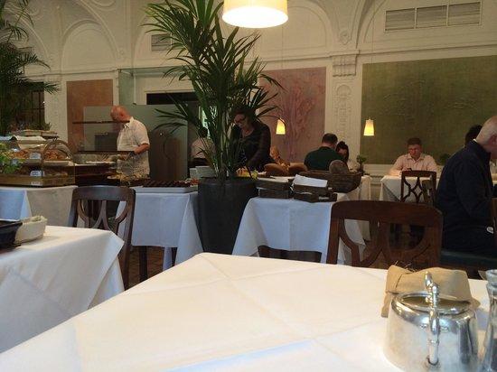Laurin Restaurant: ここでの朝食は最高