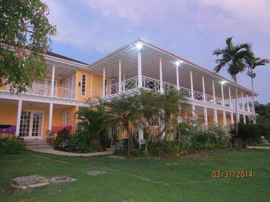 Polkerris Bed and Breakfast : Hotel in the night