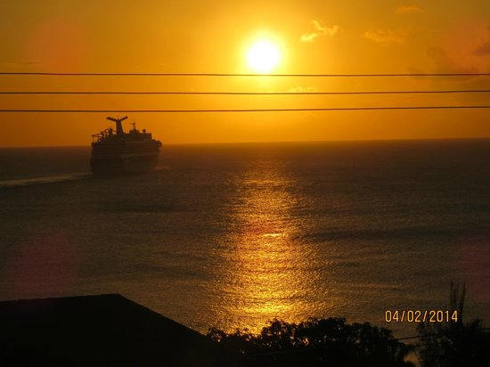 Polkerris Bed and Breakfast: Sunset.... view from hotel