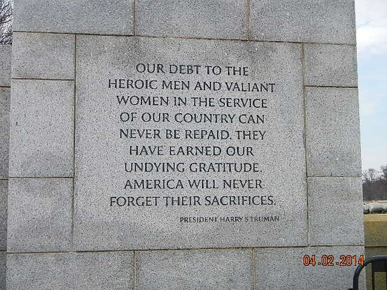 National World War II Memorial : wall plaque