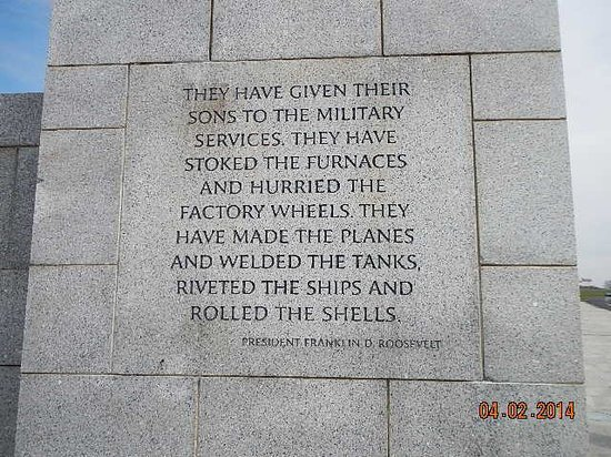 National World War II Memorial: civilan service