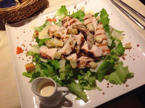 La Delizia : Caesar salad