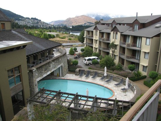 Heritage Queenstown : View of the pool from our balcony